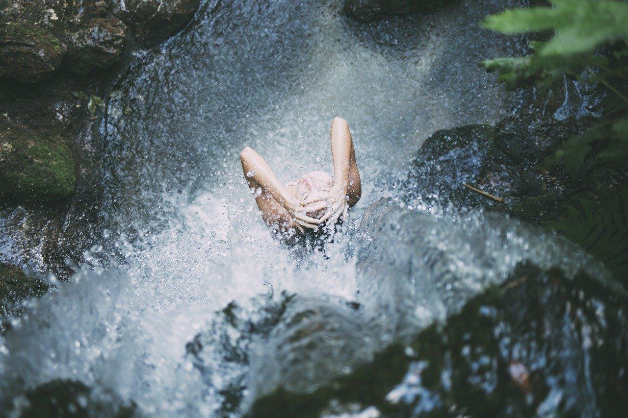 douche-spa-cascade-relaxarium-aux-4-minéraux